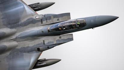 84044 - USA - Air Force McDonnell Douglas F-15D Eagle