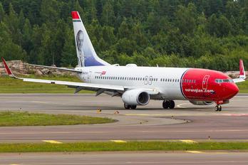 LN-DYW - Norwegian Air Shuttle Boeing 737-800