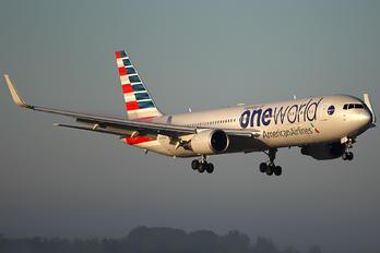 N343AN - American Airlines Boeing 767-300ER