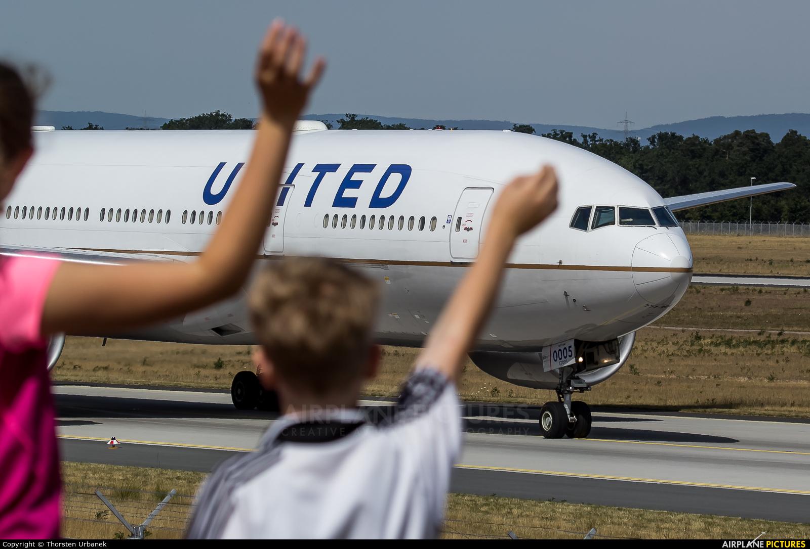 United Airlines N78005 aircraft at Frankfurt