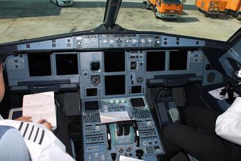 G-EZBH - easyJet Airbus A319