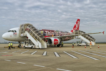 9M-AHE - AirAsia (Malaysia) Airbus A320