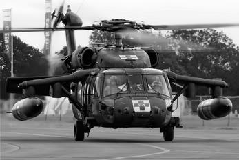 87-24614 - USA - Army Sikorsky H-60L Black hawk