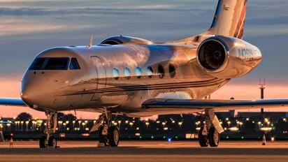 N435QS - Netjets (USA) Gulfstream Aerospace G-IV,  G-IV-SP, G-IV-X, G300, G350, G400, G450