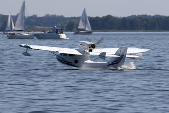 I-7608 - Private AirMax Seamax M.22