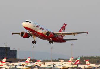 OE-LNC - Niki Airbus A319