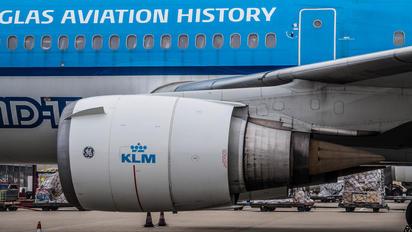 PH-KCD - KLM McDonnell Douglas MD-11
