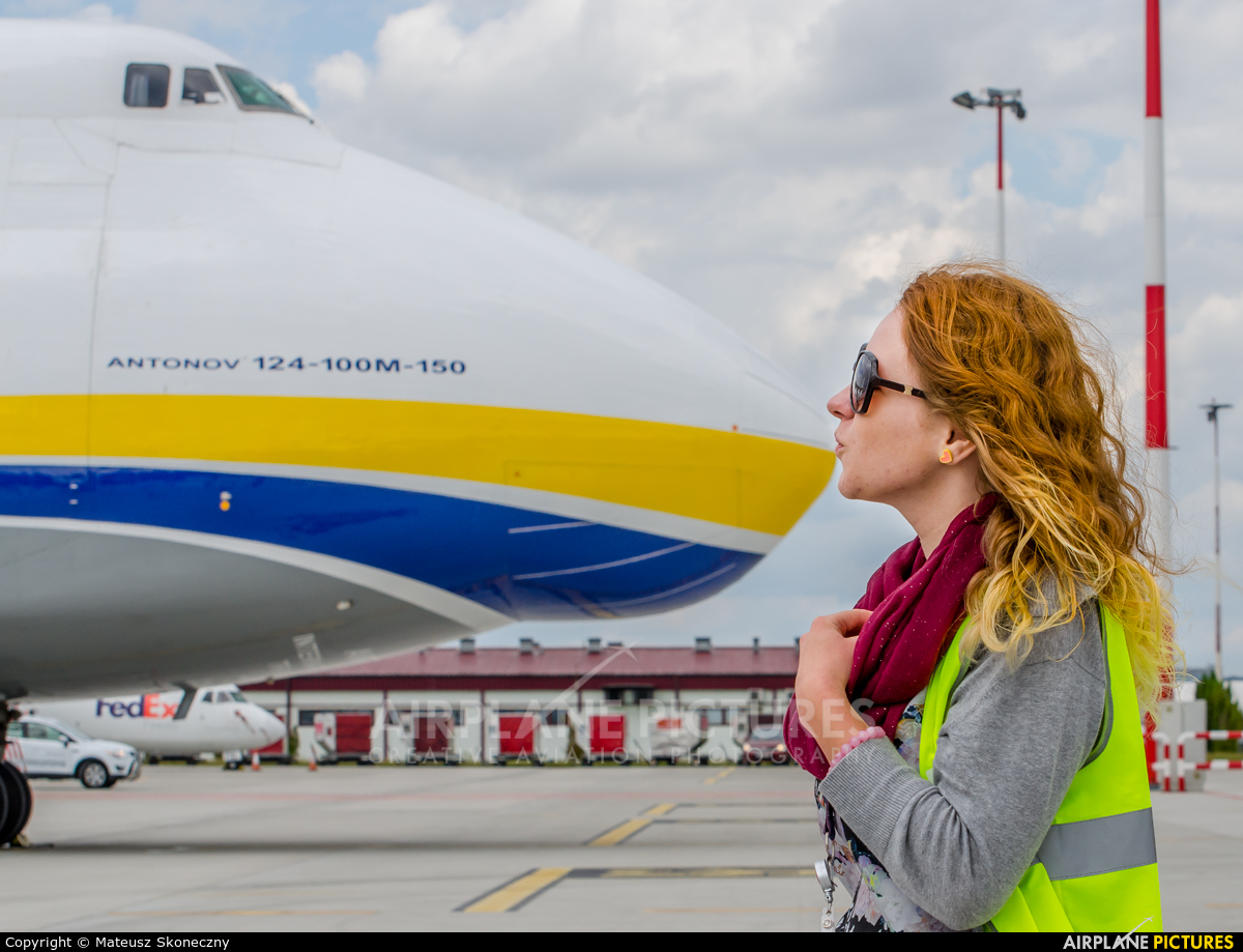 - Aviation Glamour - aircraft at Warsaw - Frederic Chopin