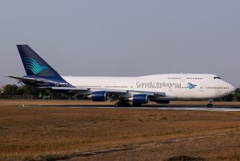 N464MC - Garuda Indonesia Boeing 747-400