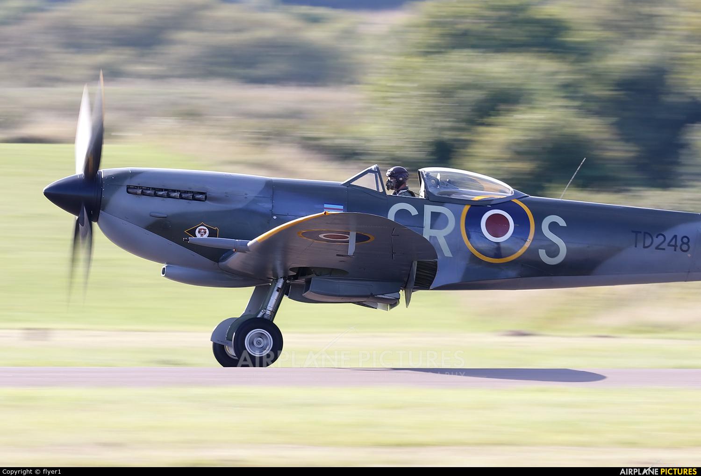 Spitfire G-OXVI aircraft at Brighton - Shoreham