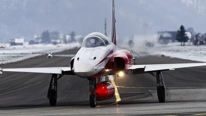 J-3089 - Switzerland - Air Force:  Patrouille de Suisse Northrop F-5E Tiger II