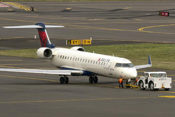 N631SK - Delta Connection - SkyWest Airlines Bombardier CRJ-700
