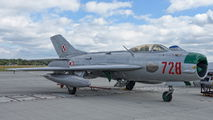 728 - Poland - Air Force Mikoyan-Gurevich MiG-19P aircraft