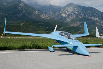 I-BKAK - Private Rutan Long-Ez