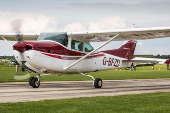 G-BFZD - Private Cessna 182 Skylane RG
