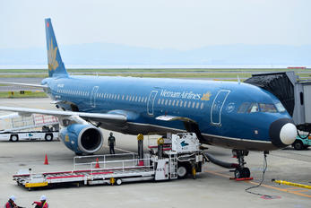 VN-A336 - Vietnam Airlines Airbus A321
