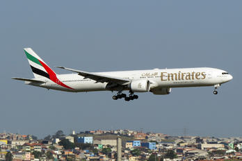 A6-ECM - Emirates Airlines Boeing 777-300ER