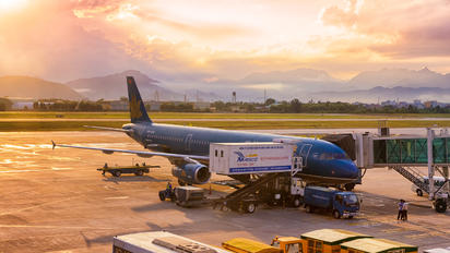 VN-A356 - Vietnam Airlines Airbus A321