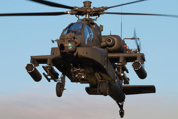 Q-04 - Netherlands - Air Force Boeing AH-64D Apache