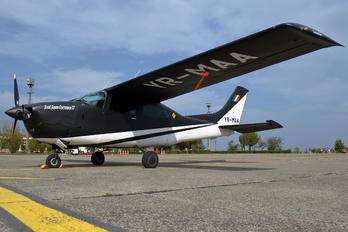 YR-MAA - Private Cessna 210 Centurion