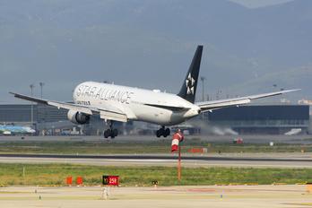 N76055 - United Airlines Boeing 767-400ER
