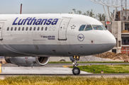D-AISJ - Lufthansa Airbus A321 aircraft