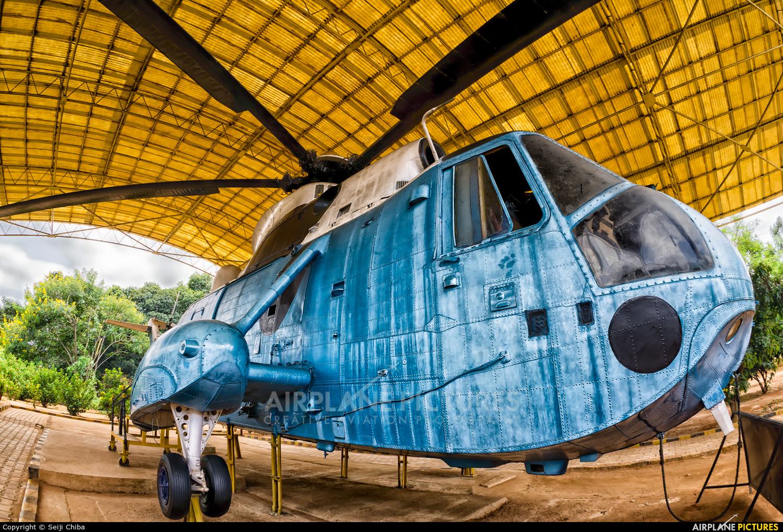 India - Air Force - aircraft at HAL Bangalore Intl
