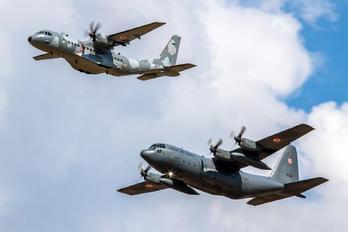 1502 - Poland - Air Force Lockheed C-130E Hercules
