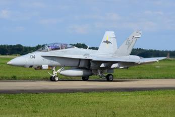 165529 - USA - Marine Corps McDonnell Douglas F/A-18D Hornet