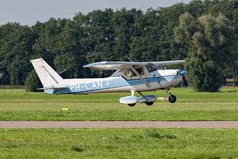 PH-CAN - Sky Service Netherlands Day Tours Cessna 150