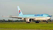 HL7530 - Korean Air Boeing 777-200ER aircraft