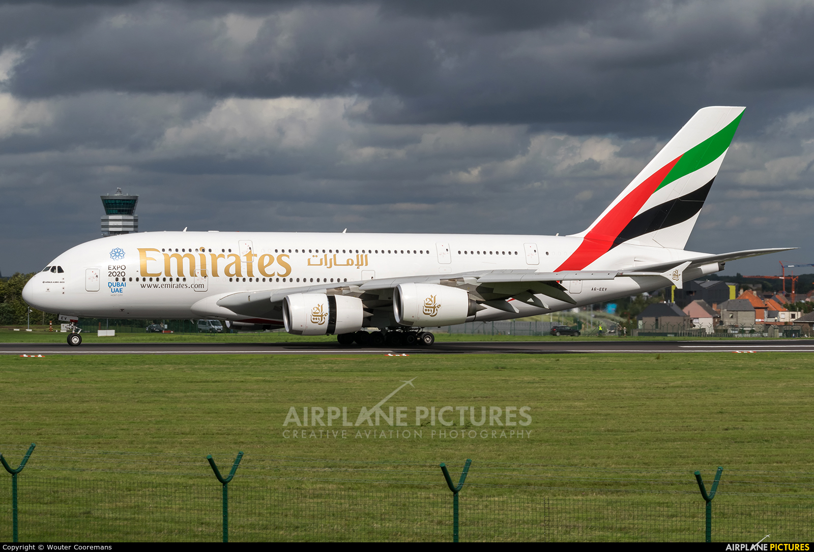 Emirates Airlines A6-EEV aircraft at Brussels - Zaventem