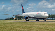 N830MH - Delta Air Lines Boeing 767-400ER aircraft