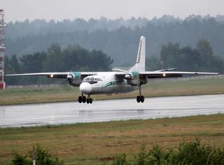 RA-46712 - Angara Airlines Antonov An-24