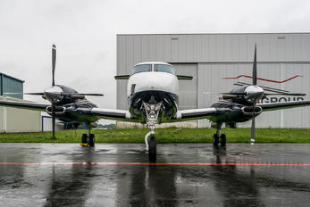 OO-OCA - Private Beechcraft 300 King Air 350