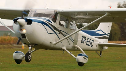 SP-EDC - Private Cessna 172 Skyhawk (all models except RG)