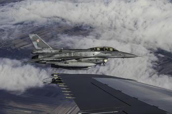 4077 - Poland - Air Force Lockheed Martin F-16D block 52+Jastrząb