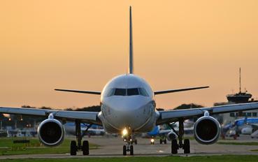 LV-BSJ - LAN Argentina Airbus A320