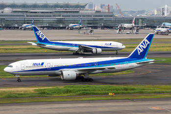 JA8968 - ANA - All Nippon Airways Boeing 777-200