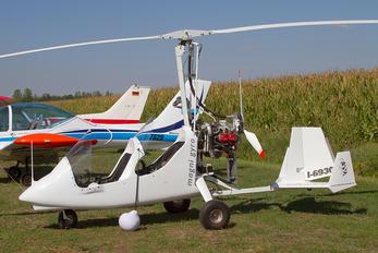 I-6930 - Private Magni M-16 Tandem Trainer