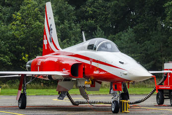 J-3089 - Switzerland - Air Force:  Patrouille de Suisse Northrop F-5E Tiger II