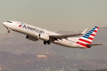 N952NN - American Airlines Boeing 737-800
