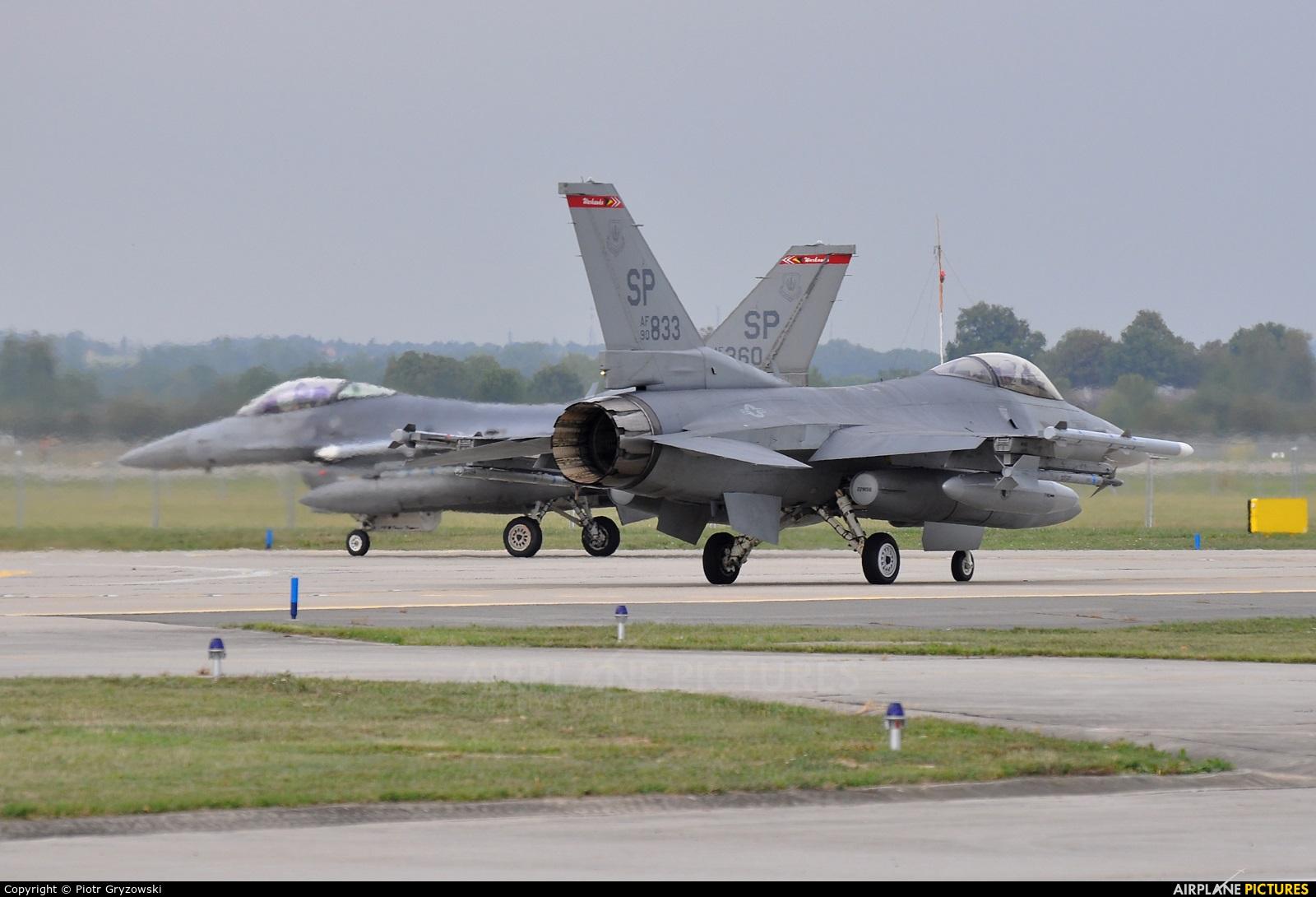 USA - Air Force 90-0833 aircraft at Ostrava Mošnov