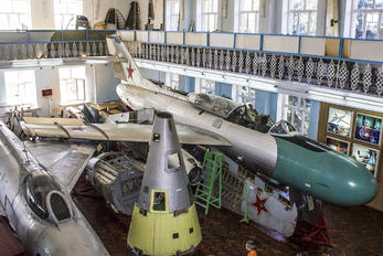 - - U.S.S.R Air Force Yakovlev Yak-25