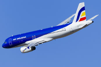 ER-AXP - Air Moldova Airbus A320