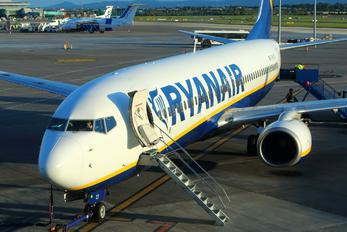 EI-DCY - Ryanair Boeing 737-800