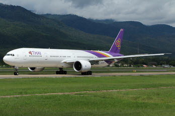 HS-TKU - Thai Airways Boeing 777-300ER
