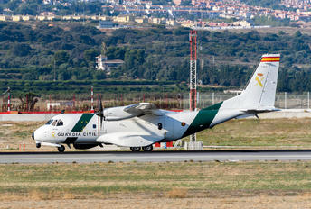 T.19B-21 - Spain - Guardia Civil Casa CN-235M