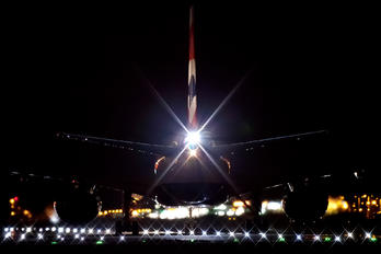 G-VIIS - British Airways Boeing 777-200