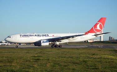 TC-JIL - Turkish Airlines Airbus A330-200